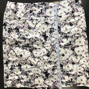 Donna Ricco Skirts - Donna Ricco floral Pencil Skirt Size 6